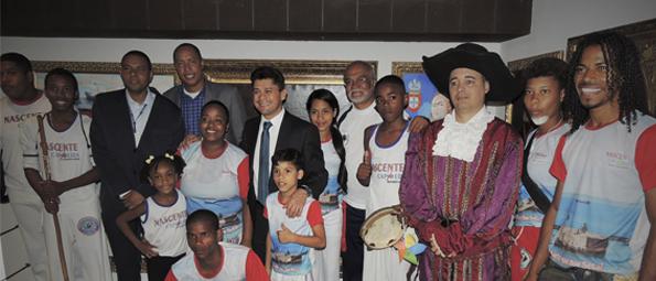 Grupo de Capoeira visita o Memorial da Câmara Municipal de Salvador